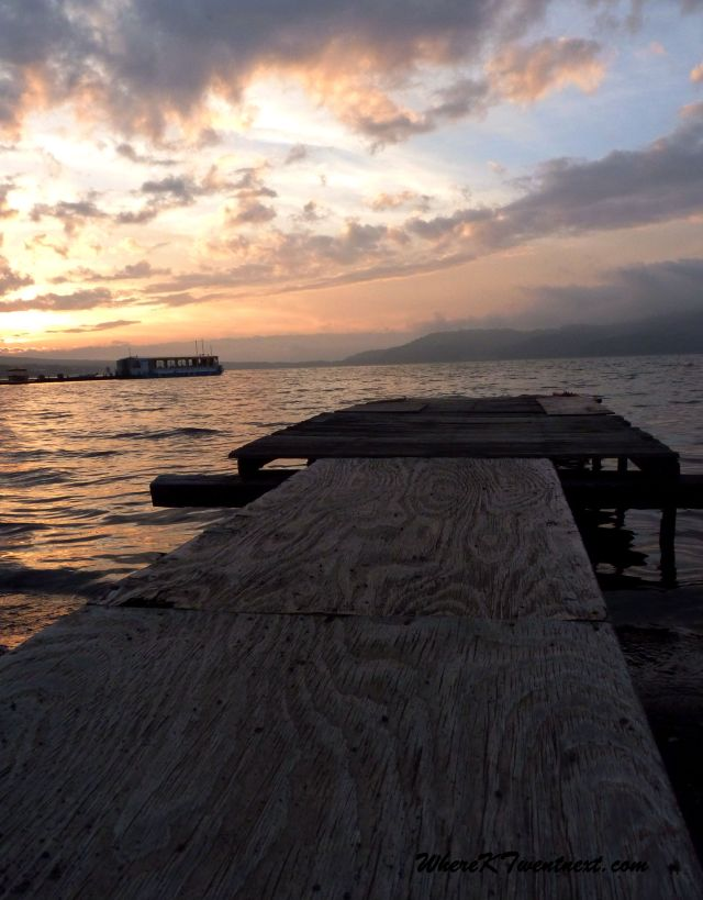 Yamanakako pier sunset